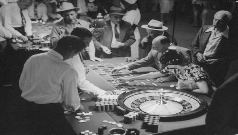Online Gambling: Then and Now
